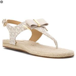 Michael Kors Women's Meg Bow Monogram Sandals Sz 6